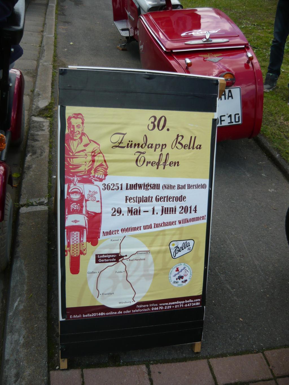 Und das mein Ziel: Ein Bella-Treffen. Es ist mein erster Besuch überhaupt auf einem Roller-Treffen - Premiere also.