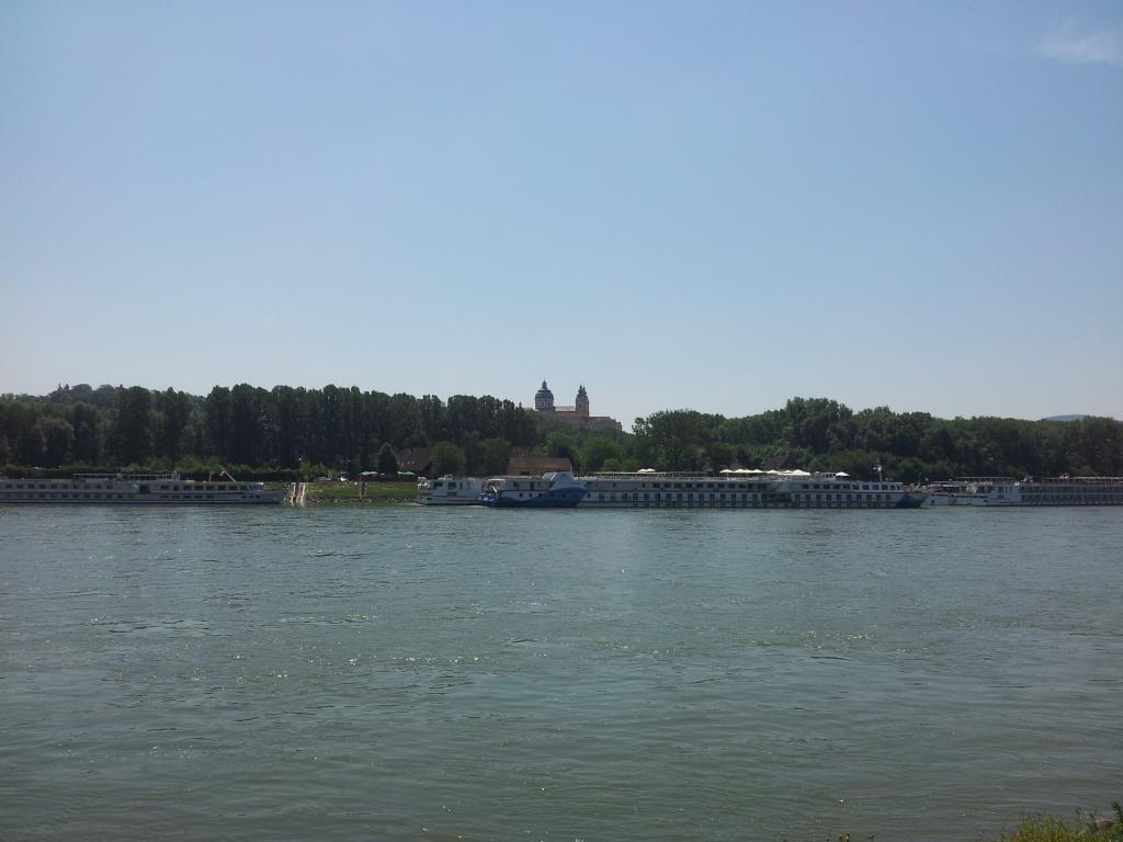 Voila, und hier sind wir schon an der Donau.