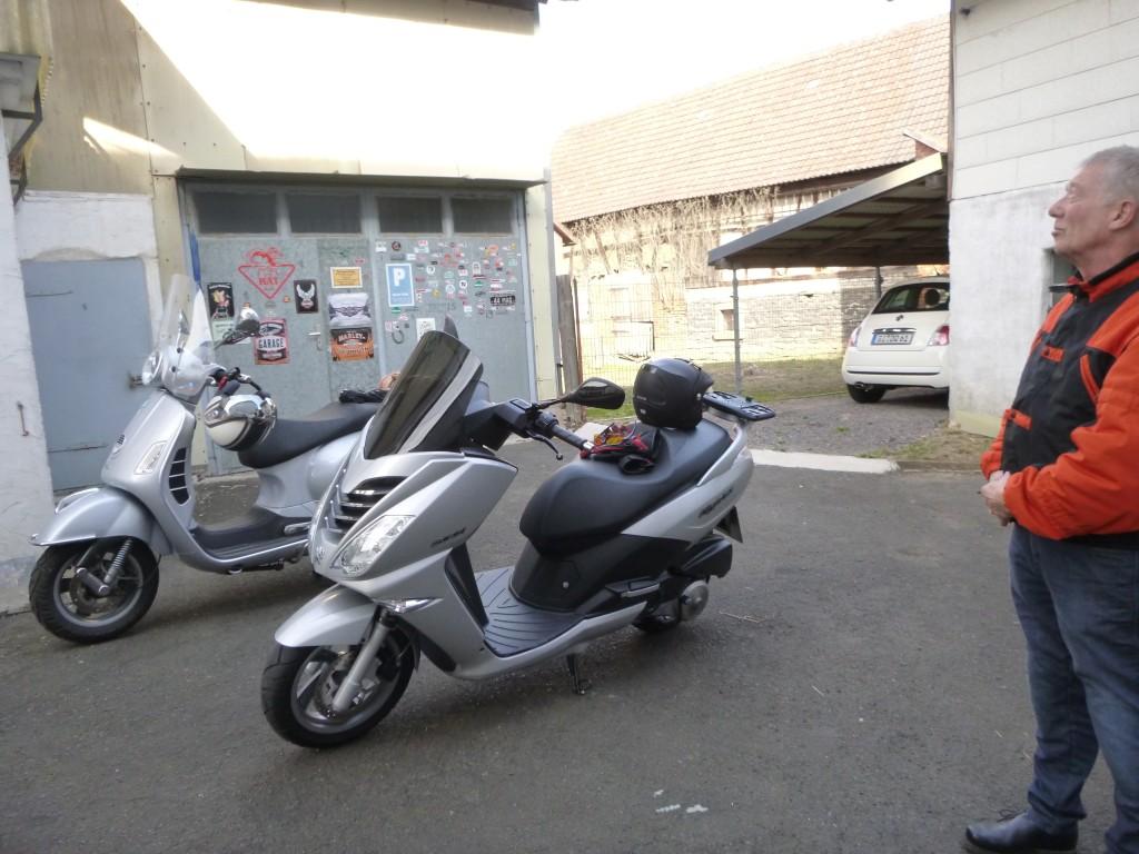 Vespa GTS 125 und Peugeot CityStar