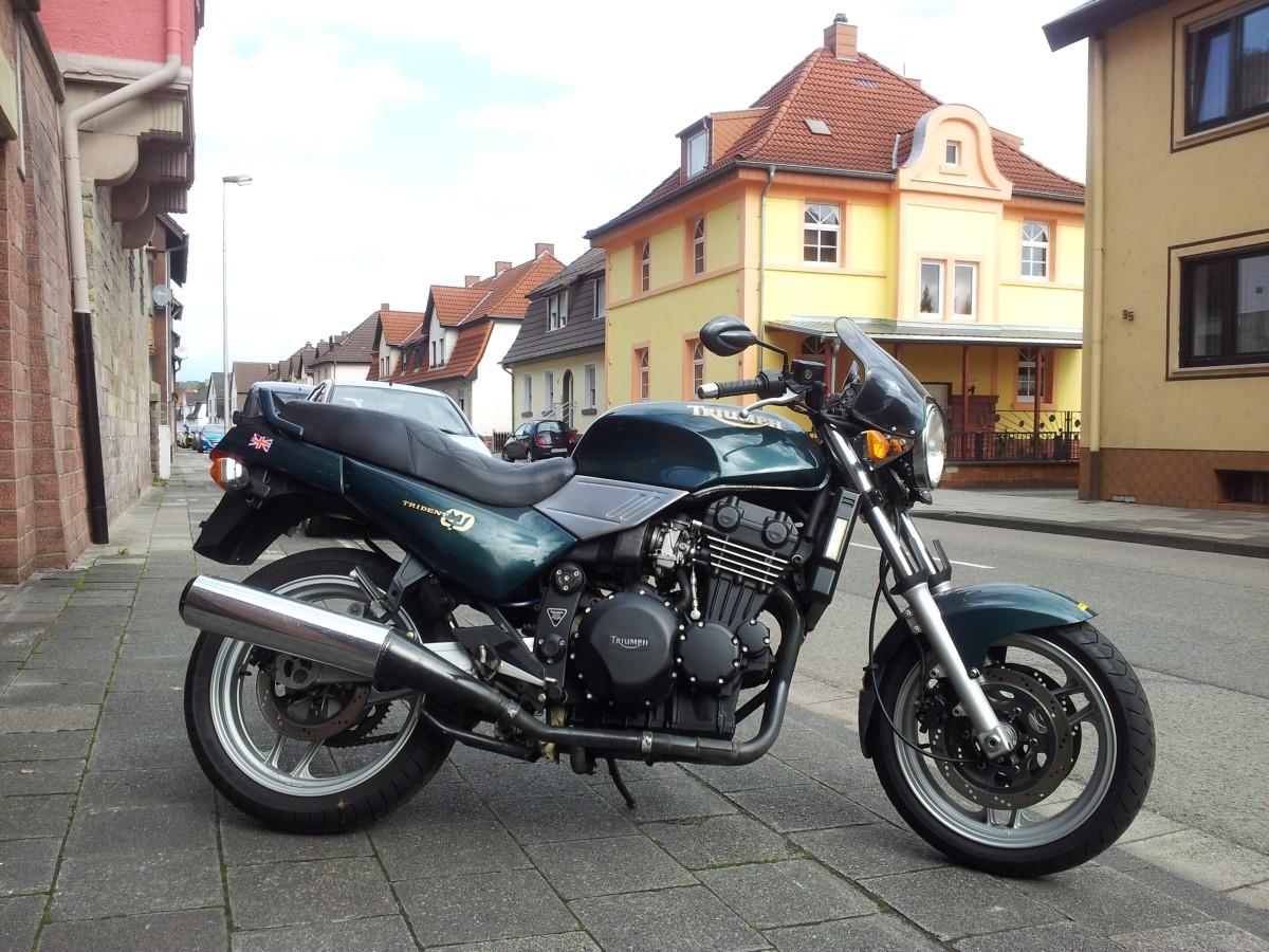 Triumph Trident 750