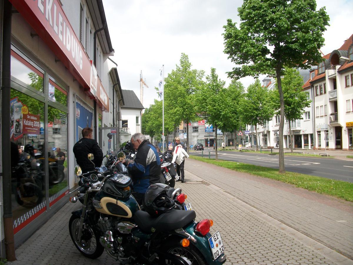 Beste Spielothek in Nieder-Moos finden