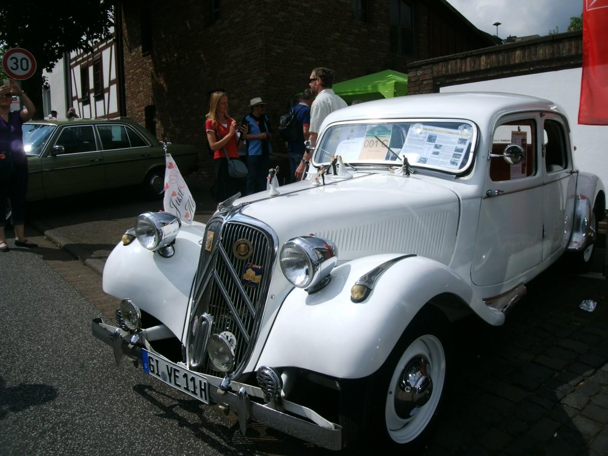Gangster Limousine in Weiß?
